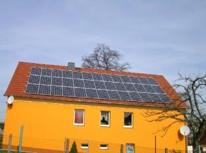 photovoltaikanlage im raum dresden